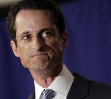 How Anthony Weiner Harassed Meagan Broussard & Lisa Weiss